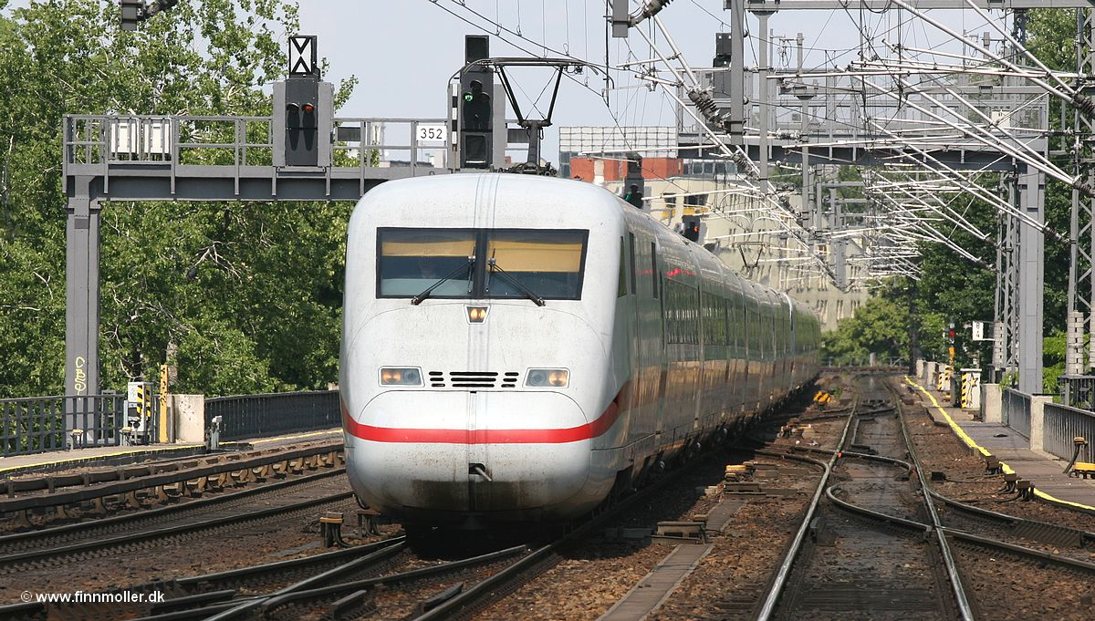 Finns train and travel page  Trains  Germany  DB ICE 2